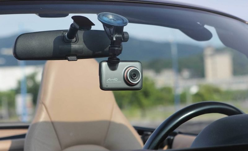 Почему не стоит выключать видеорегистратор при парковке