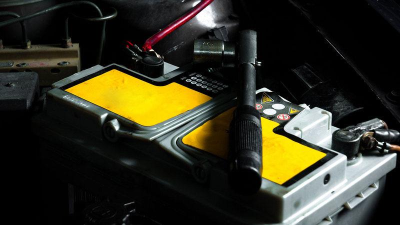 5 компонентов автомобиля, которые наиболее опасны для аккумулятора