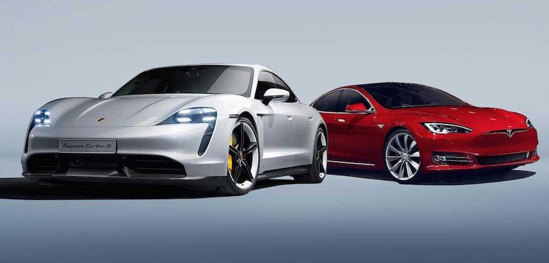 Кто быстрее на 402 метрах: Porsche Taycan Turbo S или Tesla Model S