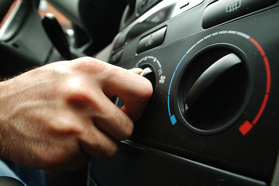 3 причины, почему может не работать кондиционер в машине после зимы